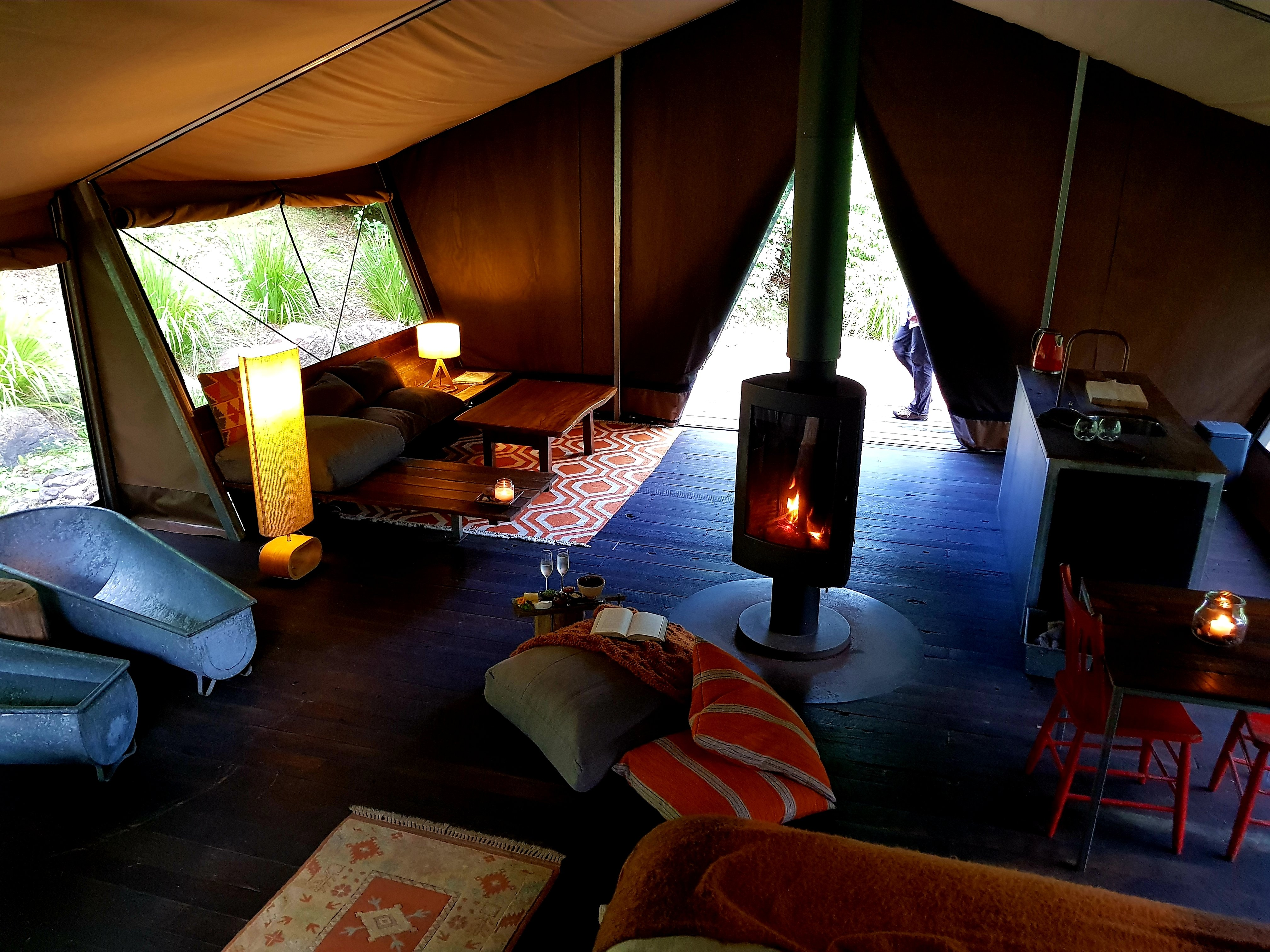 qld-glamping-inner-tent-view